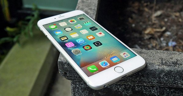 iphone-2017-2018-5-8-in-oled-display_00