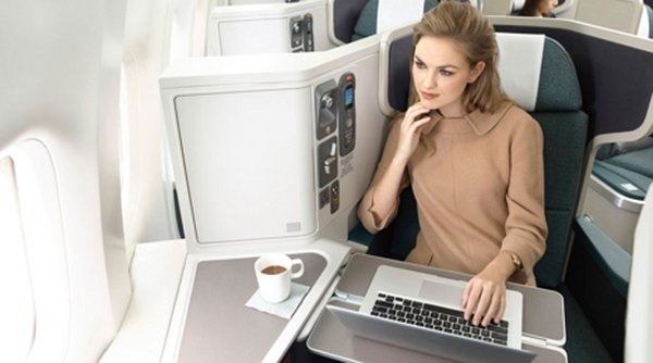 cathay-pacific-20-usd-inflight-wifi_01