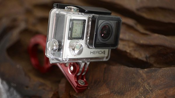 gopro-hire-apple-industrial-engineer-danny-coster_01