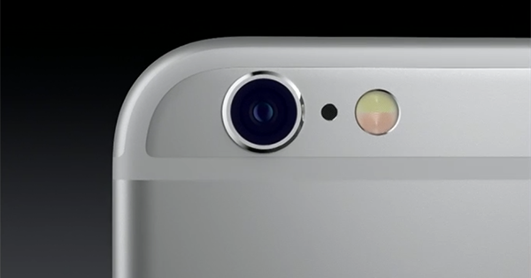 iphone-camera-should-be-covered_00
