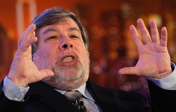 steve-wozniak-said-steve-jobs-has-no-role-in-apple-i-apple-ii_00