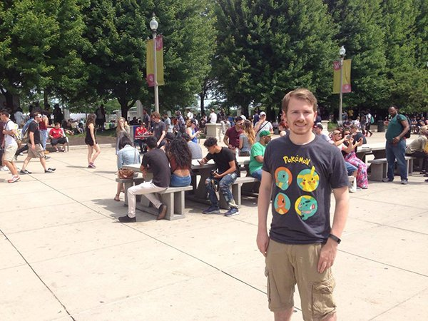 5000-pokemon-go-player-are-catching-pokemon-together-in-chicago_02