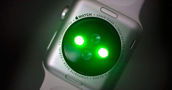 apple-watch-heart-rate-sensor_00