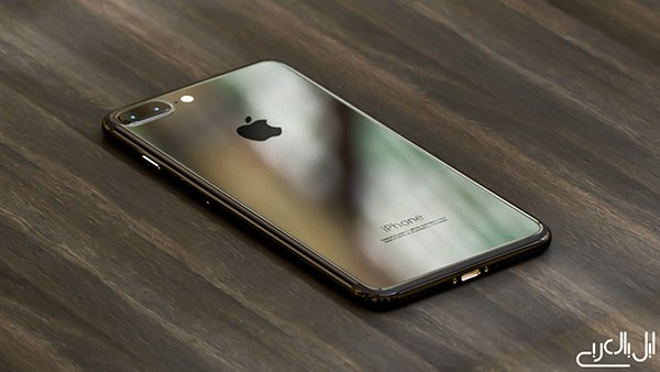 iPhone 7 Matt-vs-Glossy-Black_02