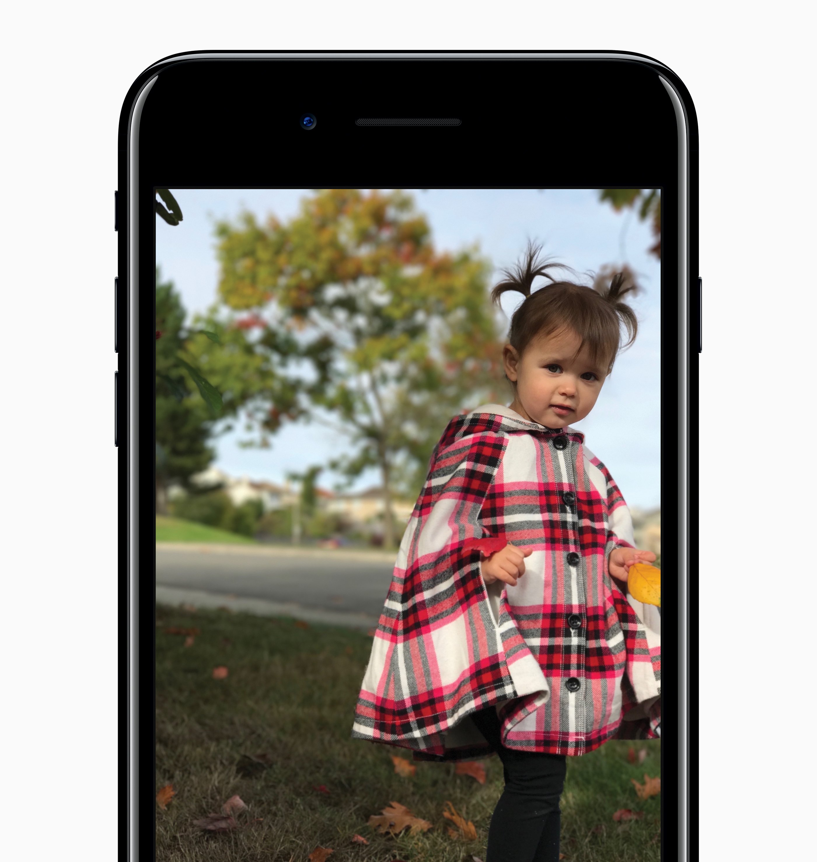 apple-website-teach-you-how-to-use-portrait-mode-on-iphone-7-plus-better_00